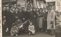 ΠΑΣΧΑ 1958 ΣΤΗΝ ΠΛΑΤΕΙΑ ΤΟΥ ΧΩΡΙΟΥ